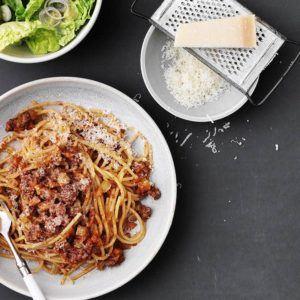 Hjemmelavet spagetti med kødsovs